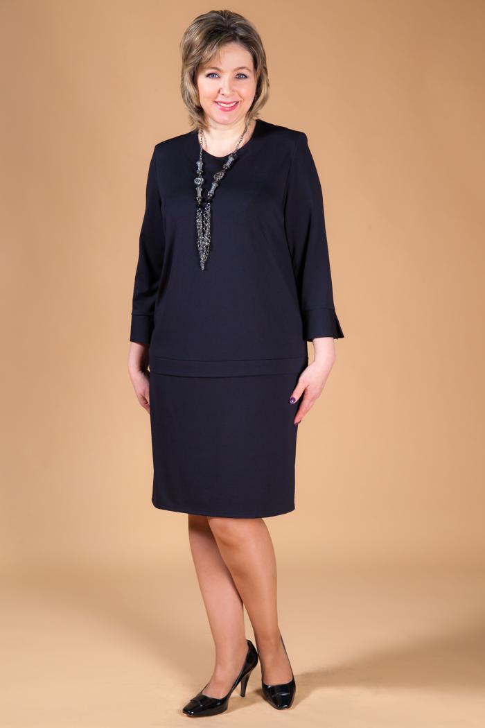 Черное платье-футляр