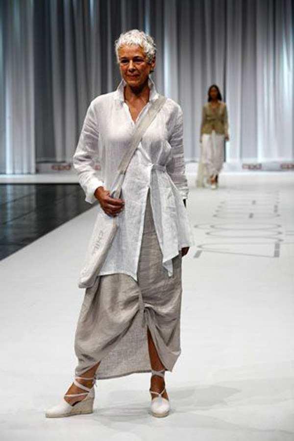 модная одежда для женщин за 50 лет - платье