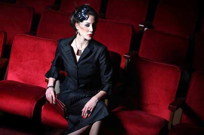 как женщине одеться в театр