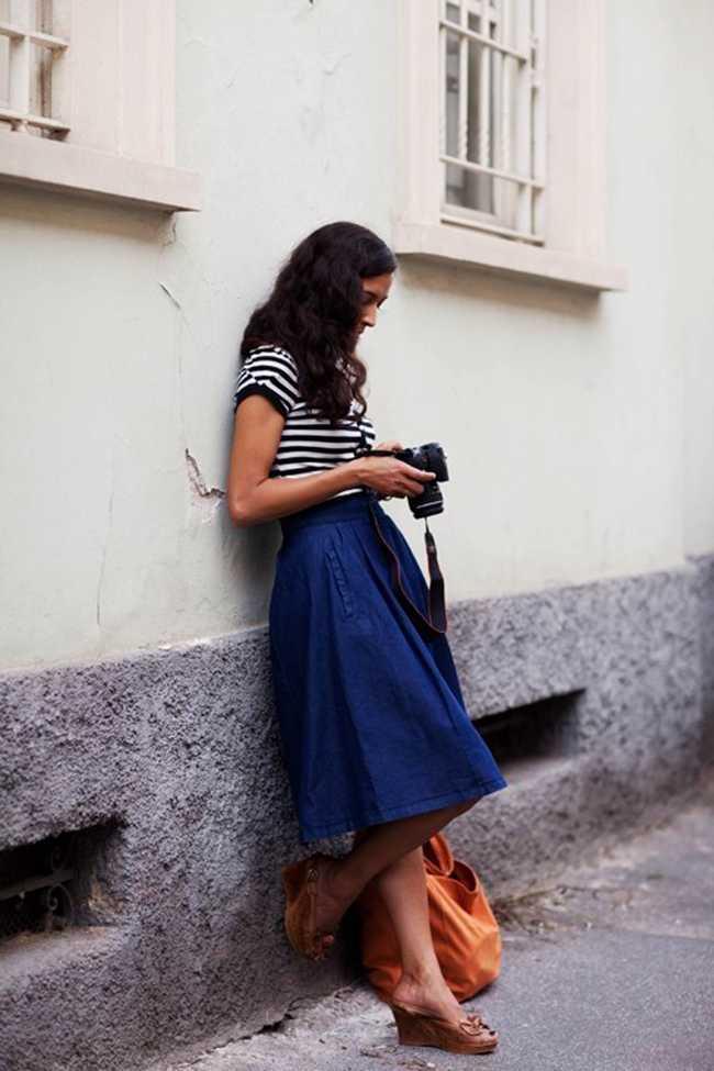 С чем носить джинсовую юбку трапецию